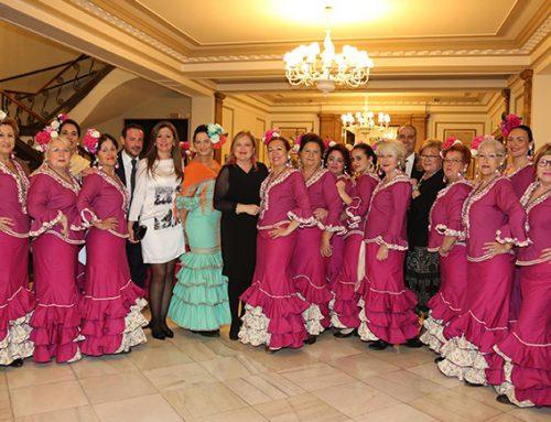 El Coro Rociero de la Casa de Andalucía de Valencia abre la Feria de Abril en el Ateneo