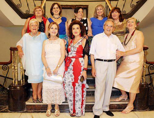 Los socios llenan el Salón Noble en la Cena de San Juan