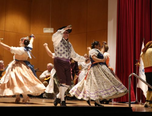 El folklore valenciano abre la temporada de conciertos en el Ateneo