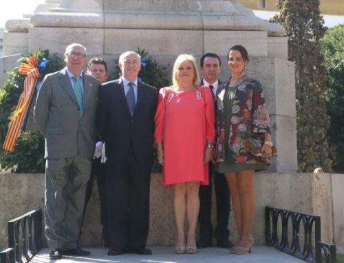 El Ateneo desfila en la Procesión Cívica y participa en la ofrenda floral a Jaume I