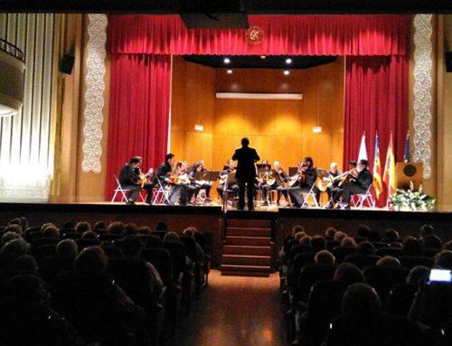 Exitoso concierto de la Orquesta de Pulso& Púa Nuestra Señora de Tejeda en los Conciertos de los Domingos