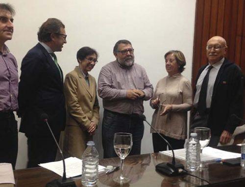 El Foro Francesc de Vinatea debate sobre el adoctrinamiento en las aulas