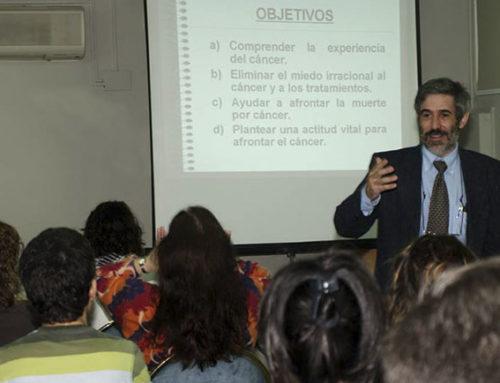 """Cátedra Ateneo 2013: """"Ayudar a afrontar del Cáncer"""""""