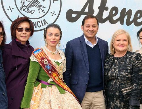 Reyes Martí demuestra en San José que es la reina de la pirotecnia fallera