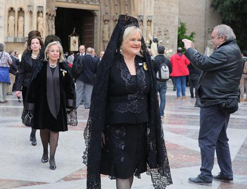 El Ateneo Mercantil desfila en la procesión del 6º Centenario de la muerte de San Vicente Ferrer