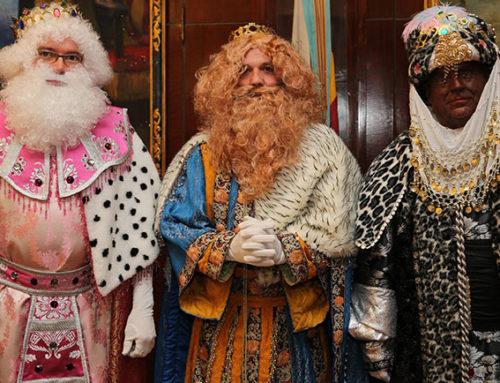 Cientos de ilusiones ateneístas en la Gala de Reyes y en la Cabalgata de Valencia