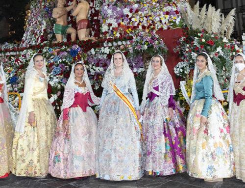 El Ateneo participa como entidad cívica por cuarta vez en la ofrenda floral a la Mare de Déu