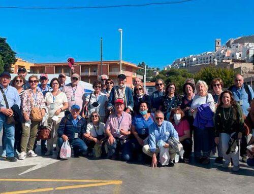 Los socios disfrutan de un viaje en el que se recuerda las huellas de los casi 600 años de la Corona de Aragón